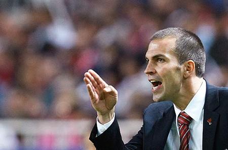 Der VfB-Teamchef Markus Babbel ist und bleibt ein guter Moderator, aber in der sportlichen Krise sind auch andere Qualitäten gefragt.